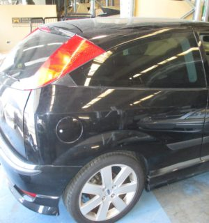 2003 FORD FOCUS RADIATOR SUPPORT
