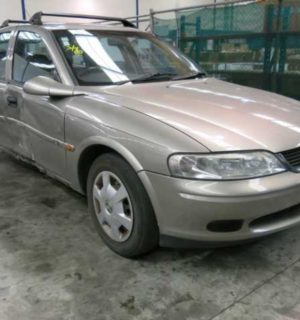 2000 HOLDEN VECTRA RIGHT GUARD